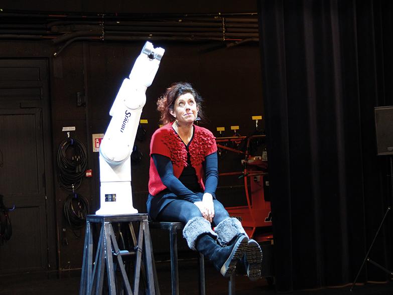 Robot mon amour ©Emilie Marron.jpg web - Evénements & Spectacles - OCA Bonneville